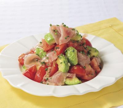 ホームパーティーにおすすめ♪おしゃれな生ハムサラダのレシピ4選のサムネイル画像