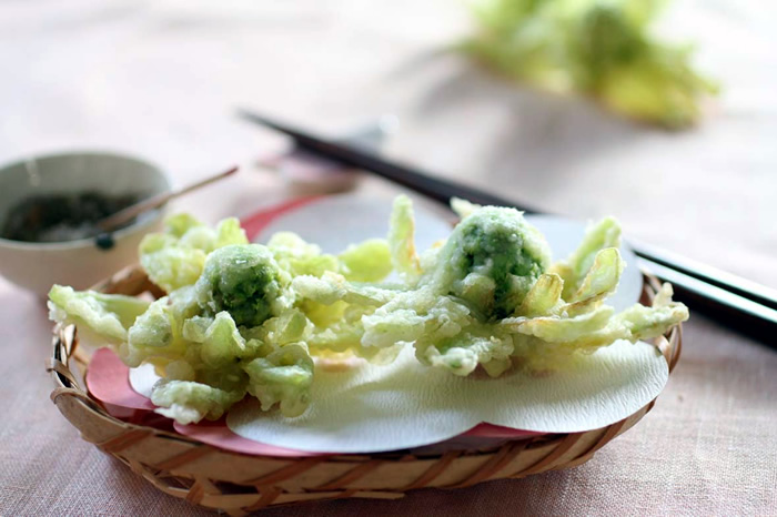 季節を食べよう【春】ふきのとうの天ぷらをおいしく揚げるコツのサムネイル画像