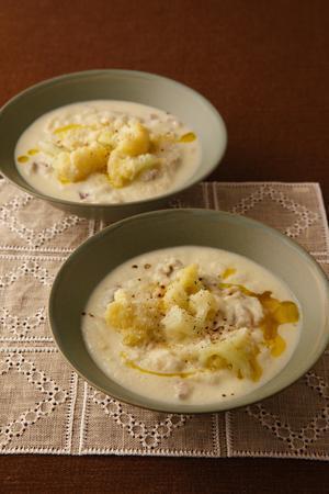 カリフラワーの甘みたっぷり!ホッとする味のスープレシピ集のサムネイル画像