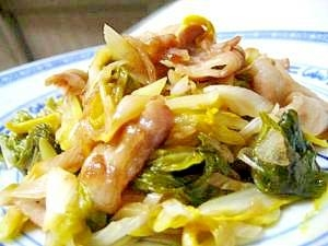 シャッキリ食感が決め手★白菜たっぷりの美味しい炒め物レシピ5選のサムネイル画像