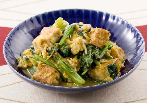 簡単に作れて美味しい!小松菜と卵を使った人気レシピ特集!のサムネイル画像