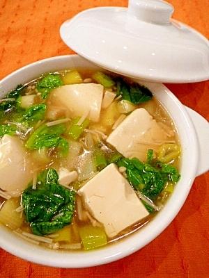 ぷるるん豆腐を使った、簡単かつおいしいスープレシピ5選!のサムネイル画像