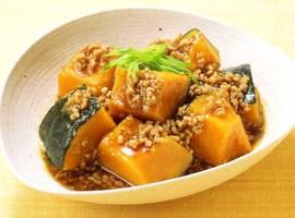 かぼちゃとひき肉で栄養たっぷり!おすすめレシピをご紹介します☆のサムネイル画像