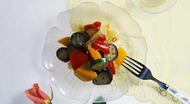 夏野菜の名コンビ!なすとズッキーニで作るおすすめレシピ5選のサムネイル画像