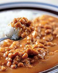 知らないなんてありえない? 納豆カレーが素晴らしくうまい事実のサムネイル画像