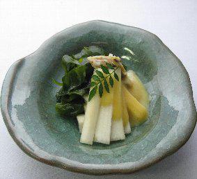 アレンジ次第でさらにオシャレに!うどを使った酢味噌和えレシピ♪のサムネイル画像