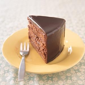 定番から驚きのレシピまで!絶品チョコレートケーキのレシピ3選のサムネイル画像