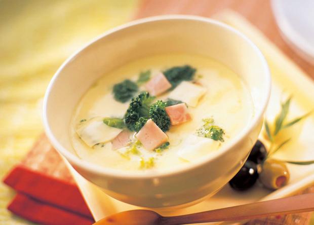 自宅で簡単に料亭の味が作れちゃう!おいしい茶碗蒸しの作り方のサムネイル画像