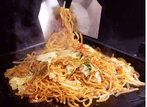 みんな大好き!簡単から本格派まで!焼きそばのレシピをまとめ!のサムネイル画像