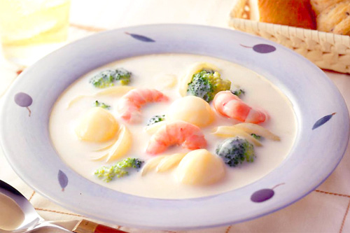 クリームにビーフ!身も心温まる人気のシチューレシピ紹介します!!のサムネイル画像