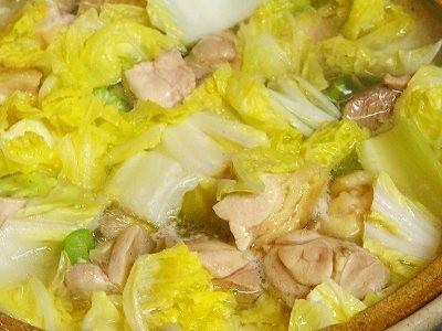 体の芯からあったまる。栄養満点な鳥鍋レシピをご紹介しますのサムネイル画像