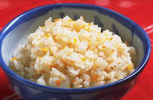 美味しくて栄養満点な、炊き込みご飯のレシピを5つご紹介!のサムネイル画像