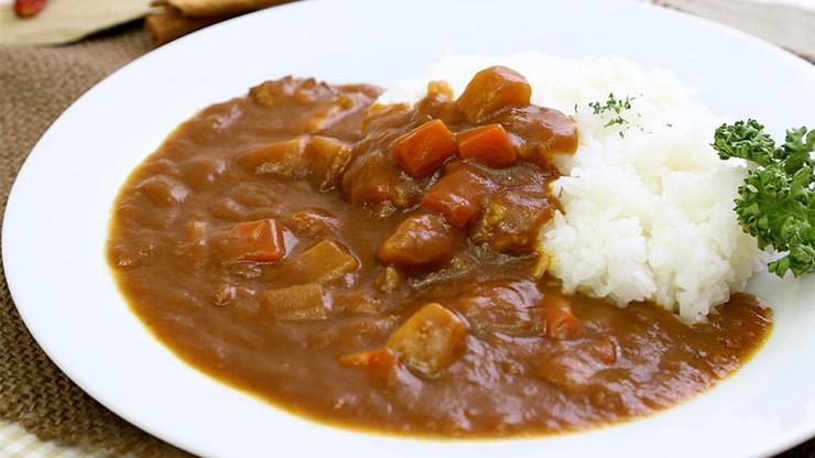 みんなが大好きなカレー!人気の絶品カレーレシピを紹介します!!のサムネイル画像