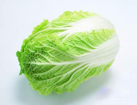 白菜の消費に困ったら作ってみて!白菜を使った簡単レシピ!のサムネイル画像