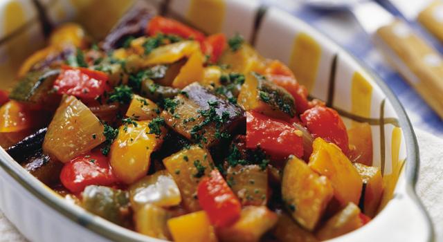 夏野菜たっぷり、おすすめのラタトゥイユの作り方&アレンジレシピのサムネイル画像