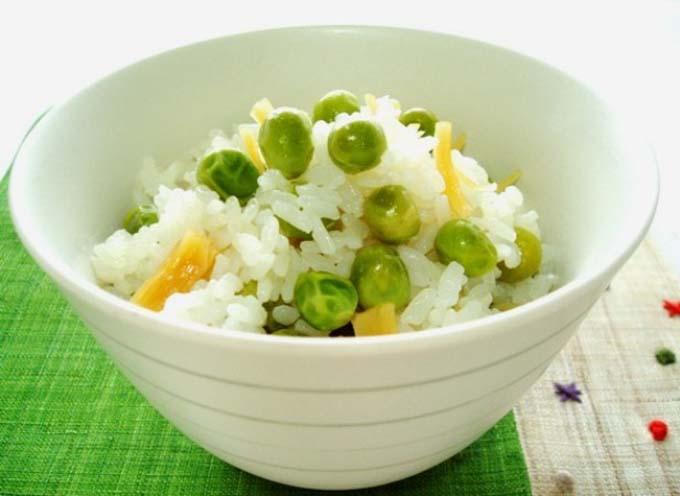 実は栄養満点!美容にも最適!絶対美味しい豆ご飯の人気レシピ特集!のサムネイル画像