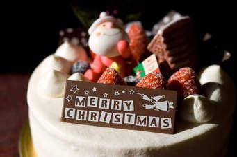 初心者さんでも大丈夫!おすすめの簡単クリスマスケーキレシピ5選のサムネイル画像