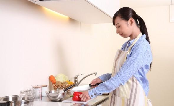 少しだけ楽したい!手早くおいしく作れる簡単夕食レシピ5選のサムネイル画像