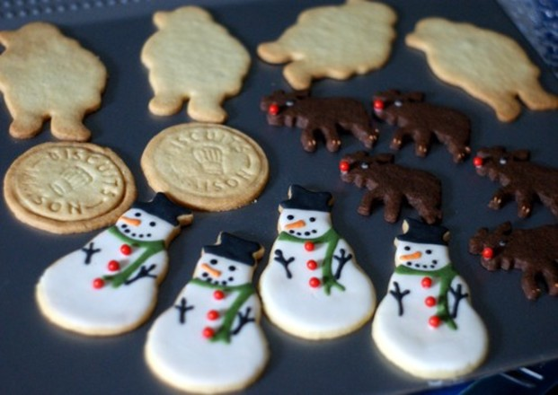 クリスマスパーティーで大活躍!美味しいクッキーの簡単レシピ集のサムネイル画像