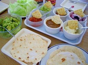 メキシカン・トルティーヤを手作りで!生地・サルサ・具材レシピのサムネイル画像