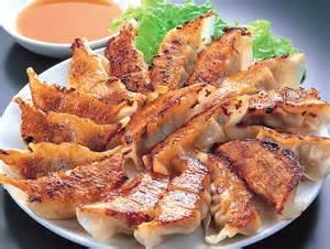 家族で作って楽しい!美味しい!餃子の変わり種レシピ特集!のサムネイル画像