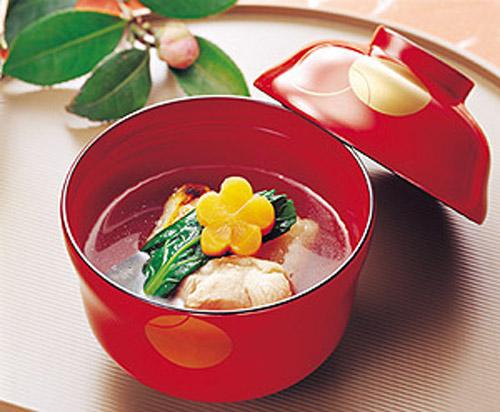 お正月だけじゃもったいない!絶品お雑煮のおすすめレシピ特集のサムネイル画像
