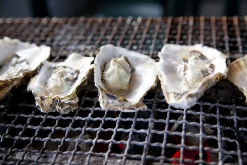 牡蠣をより美味しく!人気のレシピを自分のものにしてしまおう!のサムネイル画像