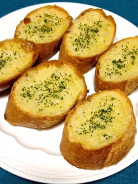 にんにくとバターの香りがたまらない!ガーリックトーストレシピ5選のサムネイル画像