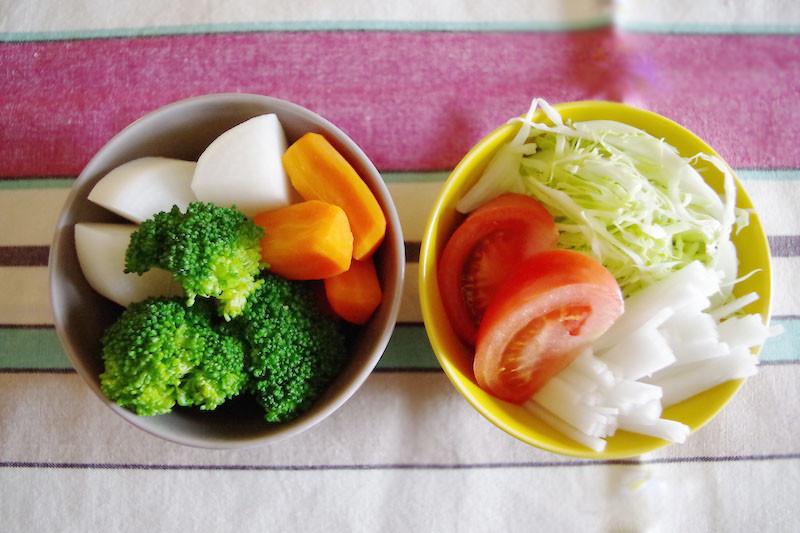 フライパンで簡単!彩りかわいい温野菜の作り方をご紹介しますのサムネイル画像