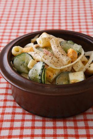 まろやかで優しい味わい。お弁当にも使えるマカロニサラダレシピ5選のサムネイル画像
