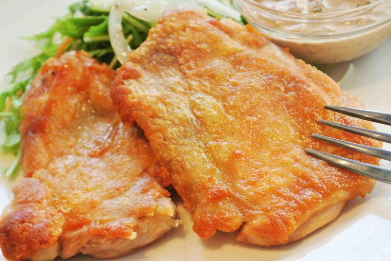 お弁当用から一風変わったものまで!厳選とりもも肉レシピ5選のサムネイル画像