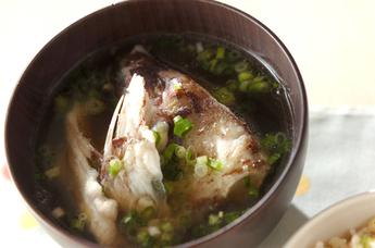 魚の旨味を丸ごとぎゅぎゅっと!栄養満点あら汁のオススメレシピ5選のサムネイル画像