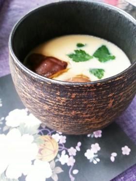 電子レンジで簡単!あったかほわほわ人気の茶碗蒸しレシピをご紹介のサムネイル画像