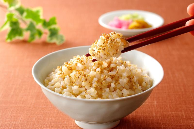 健康志向の方必見!玄米の美味しい炊き方、下準備を紹介します。のサムネイル画像