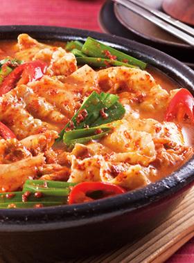 色んな鍋が食べたい!材料は?鍋料理を飽きずに楽しみたい方必見♪のサムネイル画像