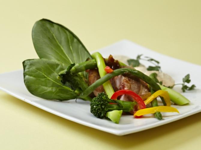 美容と健康に!カルシウムがたっぷりの小松菜を使った人気レシピ!のサムネイル画像