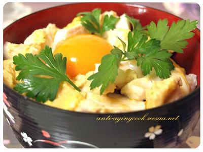 お店の様な親子丼のおいしい作り方!絶品親子丼の作り方5選紹介!のサムネイル画像