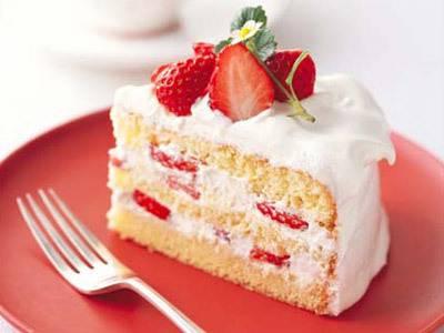 「必見!」大切な記念日に出したいショートケーキレシピ3選のサムネイル画像