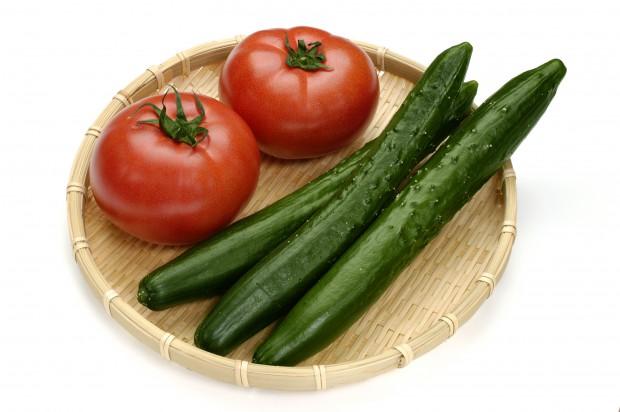 きゅうりとトマトの夏野菜コンビ!美味しいサラダレシピ5選!のサムネイル画像