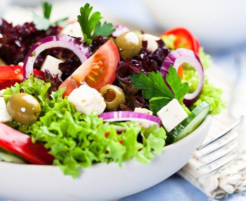 肉食系も大満足♪彩りきれいで栄養満点!!人気の満腹サラダレシピ集のサムネイル画像
