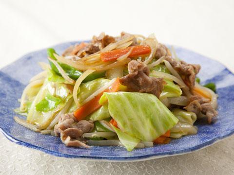 ぱぱっと作れる美味しい野菜炒め!おすすめレシピと作り方をご紹介♪のサムネイル画像
