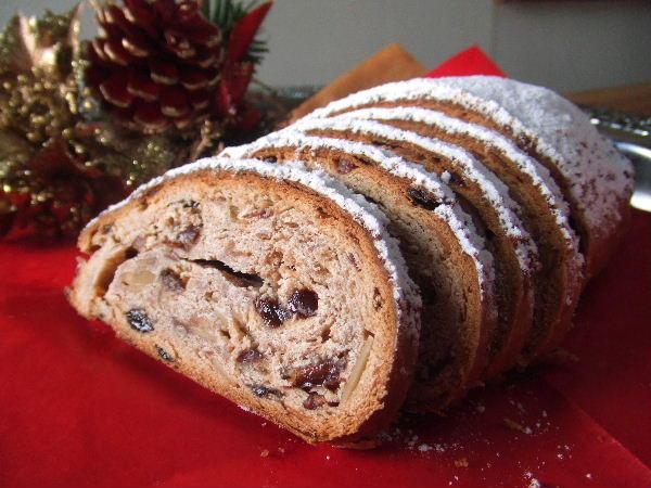 ★クリスマスと言ったらシュトーレン☆本格レシピをご紹介します!のサムネイル画像