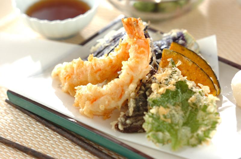 ちょっとしたコツで格段に違う!天ぷらを美味しく揚げる3つのコツのサムネイル画像