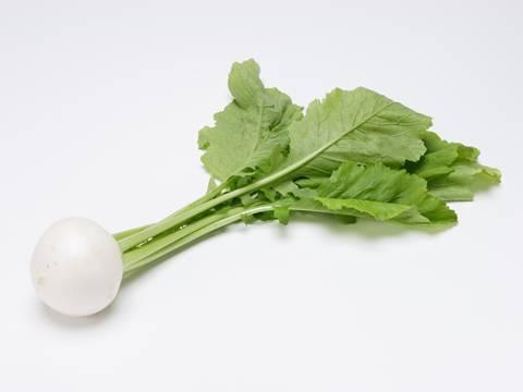 漬物や常備菜の常連、「かぶ」と「葉」を使ったおすすめ料理レシピ!のサムネイル画像