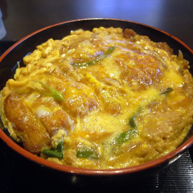 カツ丼の人気レシピを教えます♪簡単に作れて喜ばれる至極のレシピ!のサムネイル画像